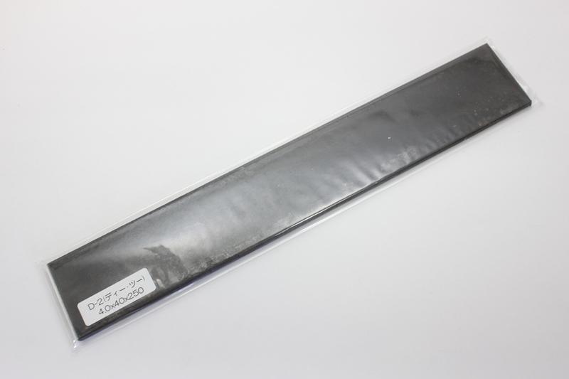 D-2_4x40x250