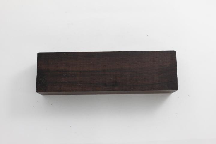 wood_narrow_rosewood_mada