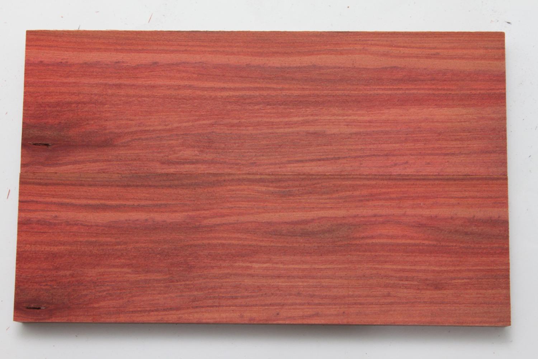 wood_full_redheart